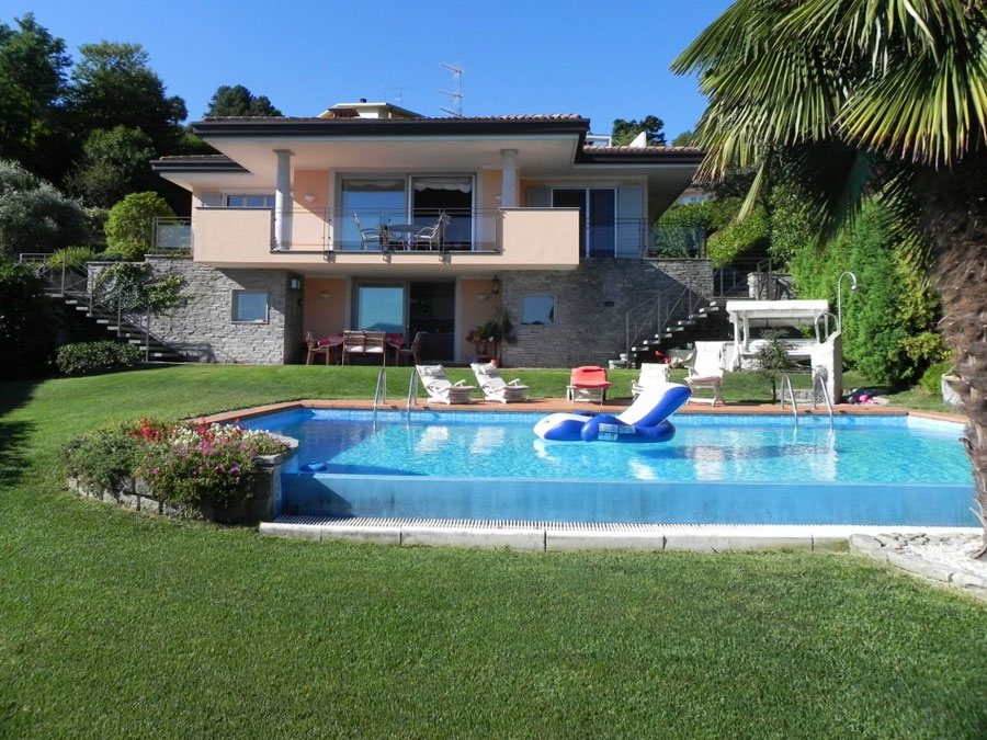 Lake Maggiore Holiday Villa With Pool Near Meina For Rent