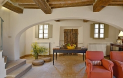 009-Living-room-2-Montecucco.jpg