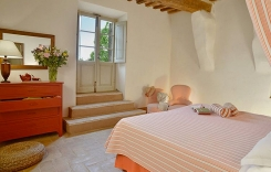 020-Double-bedroom-2-Montecucco.jpg