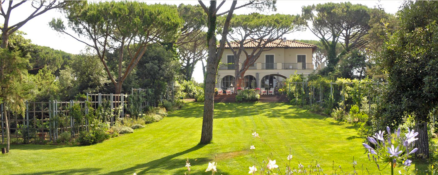 Elegant family mansion on the famous Bolgheri coastline with private beach access