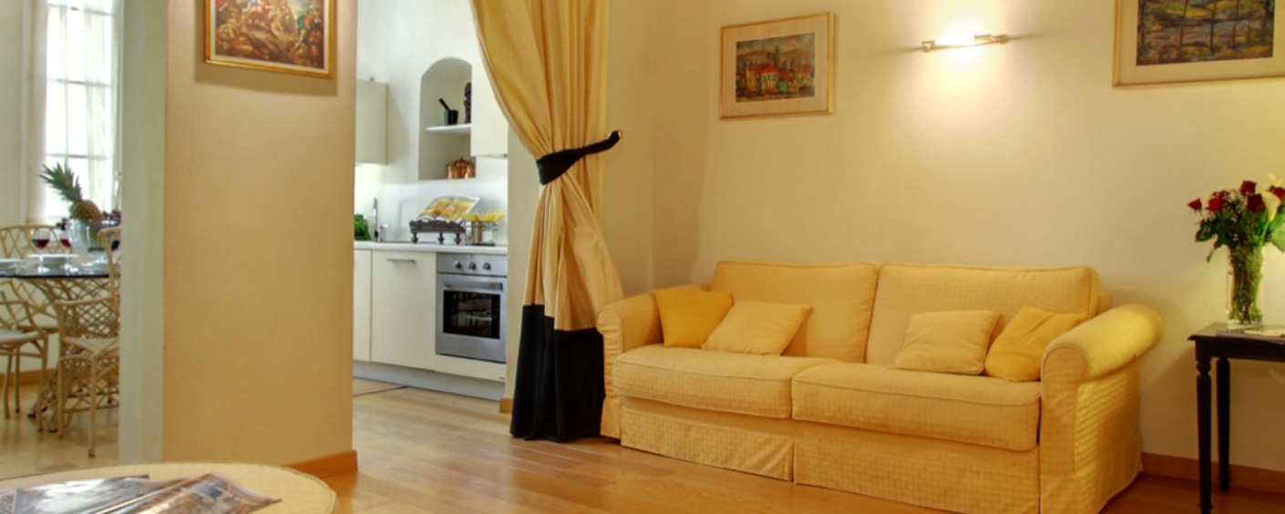 Stylish one bedroom apartment in the historic center of Florence