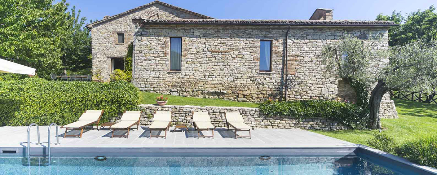 Elegant villa with pool and views near Perugia in Umbria