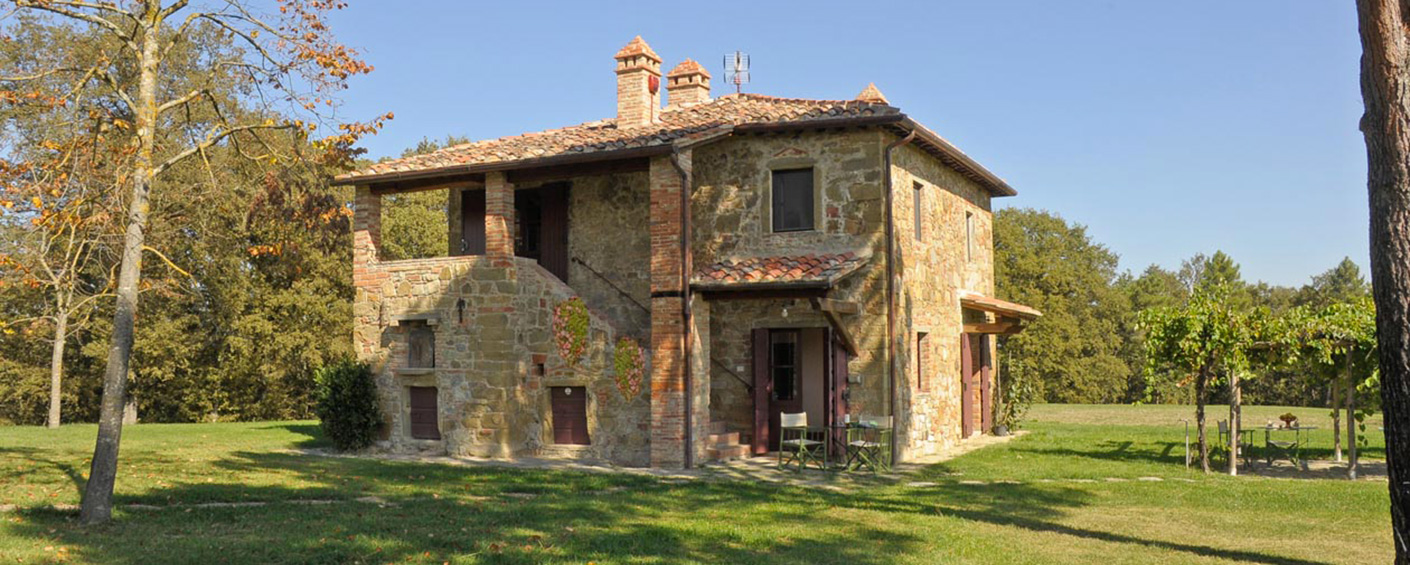 Delightful 3 bedroom villa with great pool between Siena and Arezzo