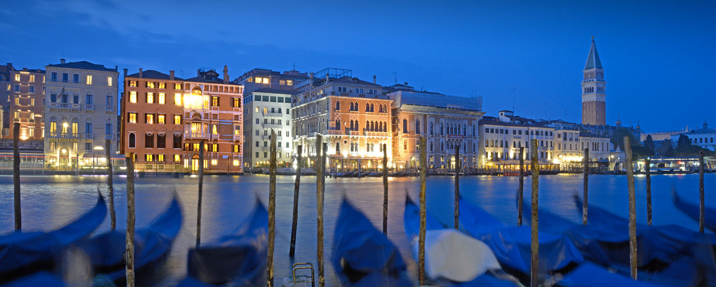 Luxurious 2 bedroom apartment in Venice on the Grand Canal