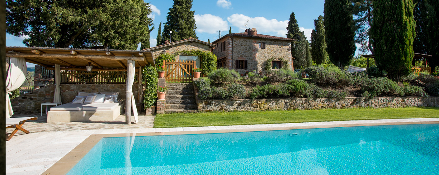 Masterly restored country house with lovely pool and sauna