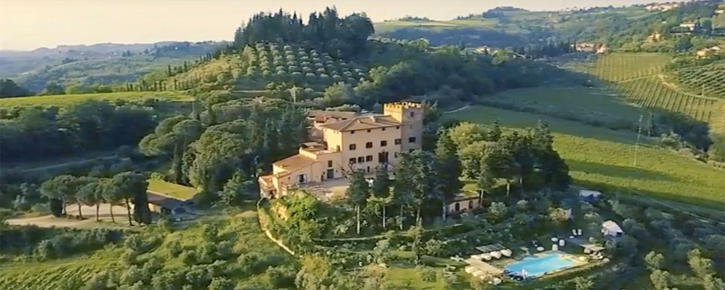 Apartments in a stately 18th-century villa with extraordinary views