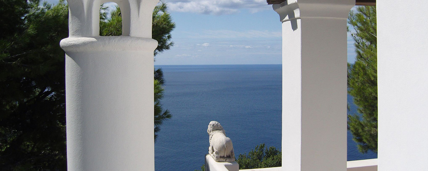 An historic villa with one of the most spectacular views on Capri Island